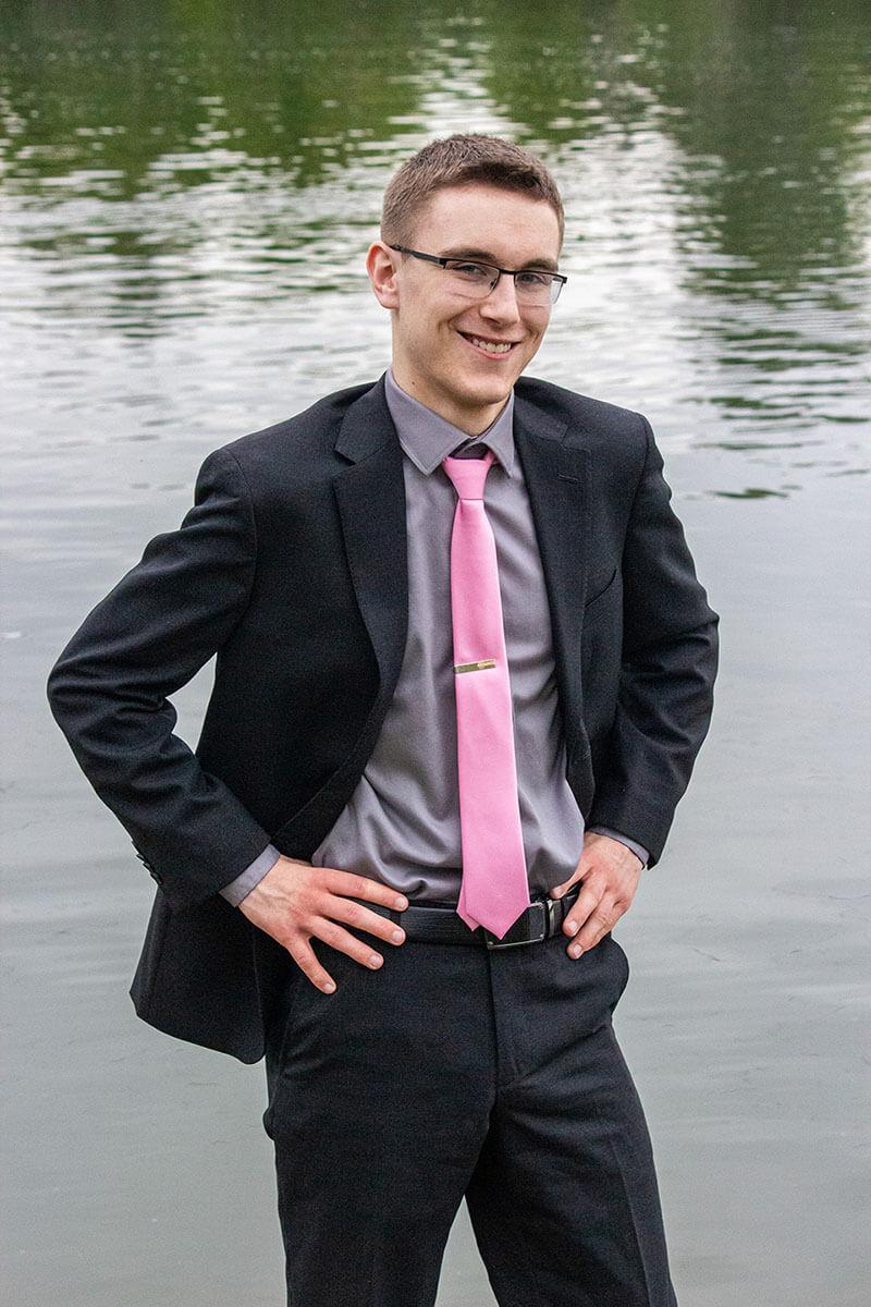 Graduation Portraits Saskatoon Roses and Scars Photography Male Graduate (5)