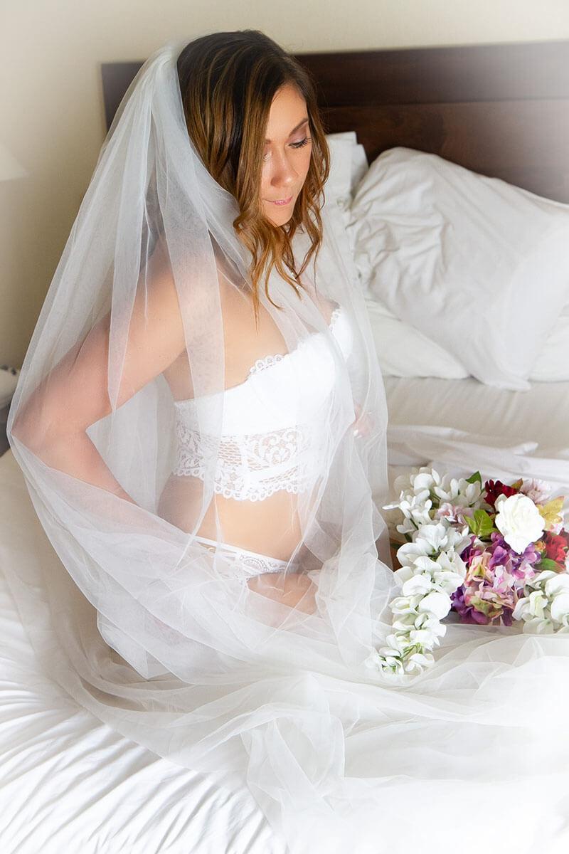 Saskatoon Boudoir Bridal Wedding Boudoir Photographer Roses and Scars Photography (3)