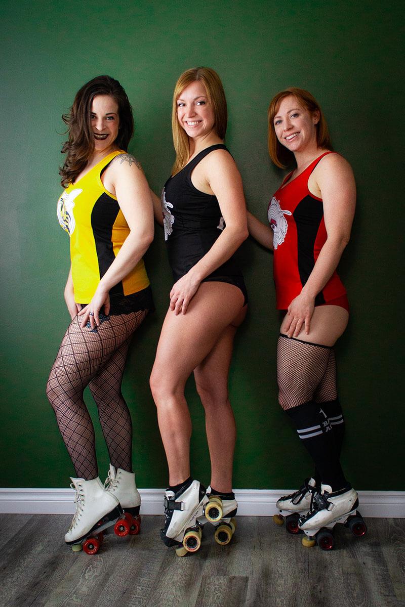 Saskatoon Boudoir Party Bachelorette Idea Roses and Scars Photography (1)