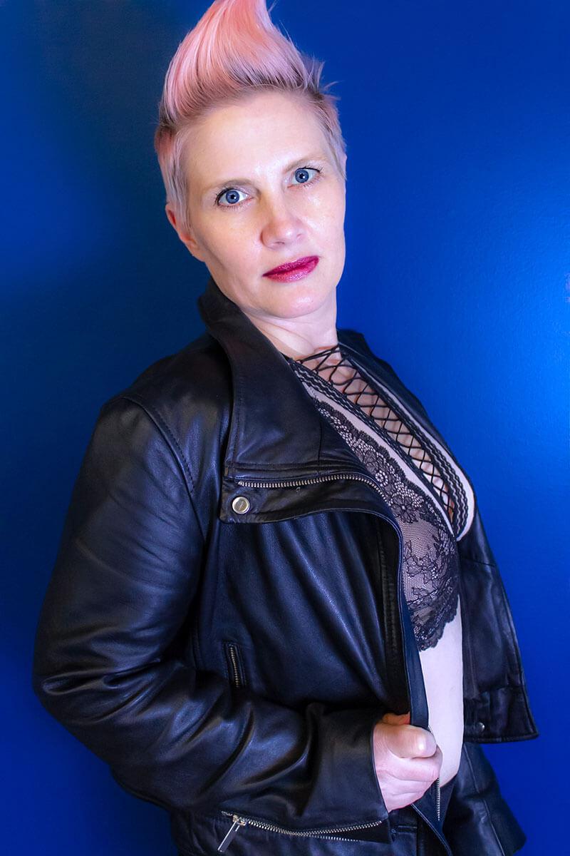 Saskatoon Boudoir Photographer Roses and Scars Photography Middle Age Woman (8)