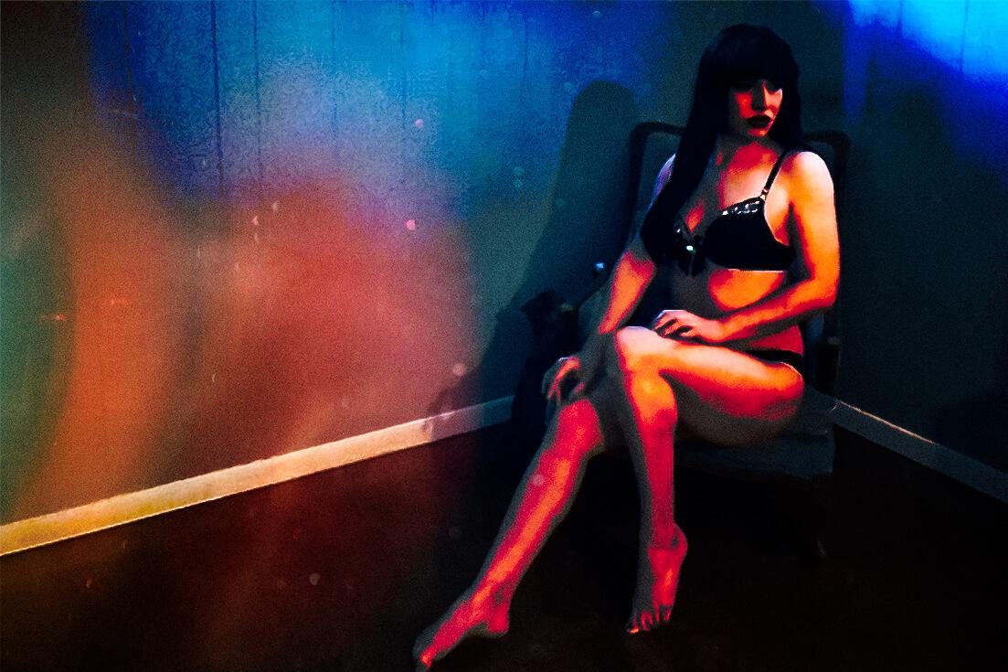 Saskatoon-Boudoir-Photographer-Webcam-Drag-Queen-Majik-Trixx (2)