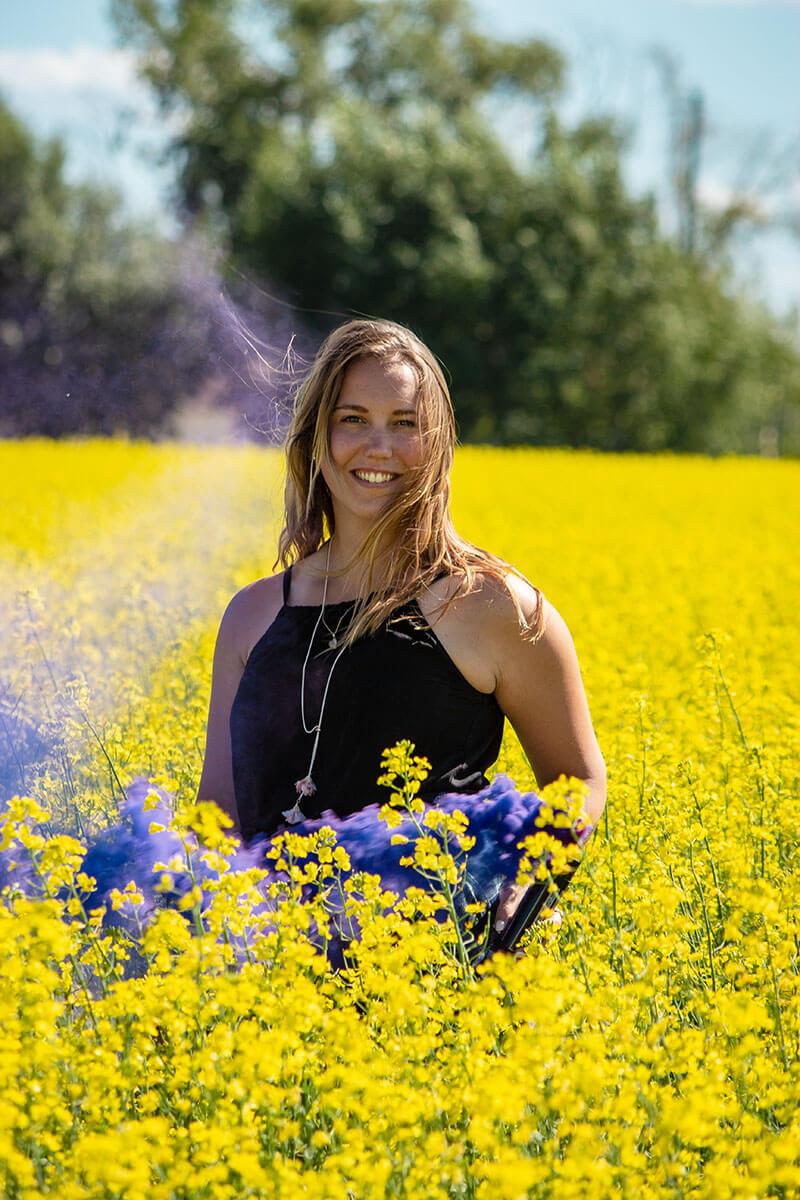 Seniors Casual Portraits Saskatoon Roses and Scars Photography Female Smoke Bomb Photos (3)